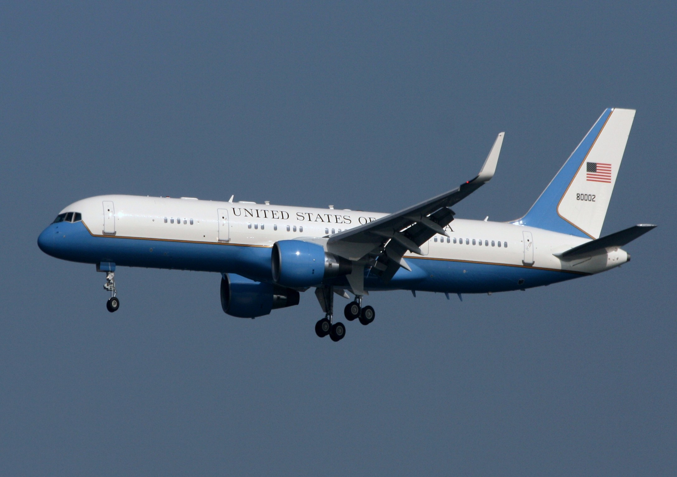 Obama Takes Two Air Force One Planes To Argentina For
