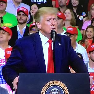 :IMG_6212 b Trump podium reelection.JPG